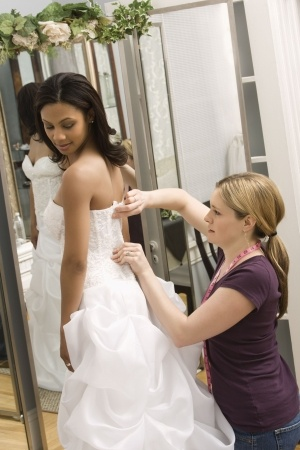 What to Ask When Shopping for Your Wedding Dress | Ceremonies