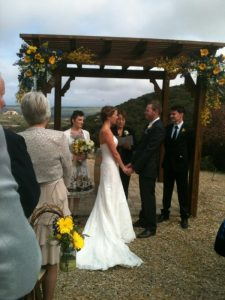 Wedding Officiant For Contemporary Wedding in Temecula CA