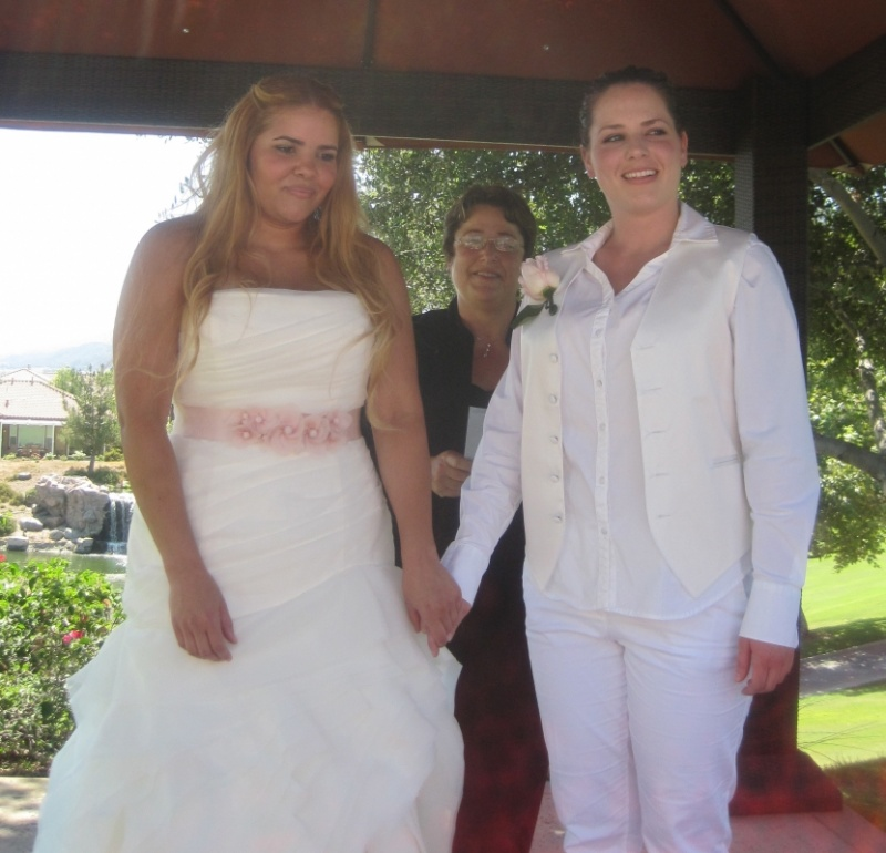 Lesbian & Gay Wedding Officiant In Temecula CA